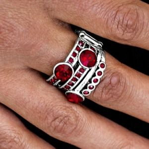 HOLLYWOOD GLAMOUR RED RING